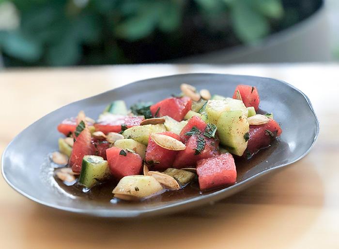 Mexikanischer Wassermelonen-Gurken Salat